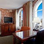Photo of Holiday Inn Express Santa Barbara