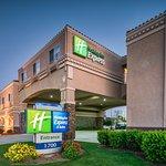 Photo of Holiday Inn Express Hotel & Suites - Santa Clara