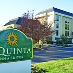 La Quinta Inn & Suites Charlotte Airport North Foto