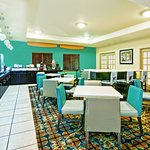 Photo of La Quinta Inn & Suites San Antonio North Stone Oak