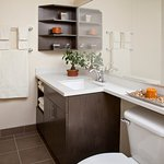 Candlewood Suites Guest Bathroom