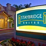 Photo de Staybridge Suites Chatsworth