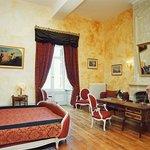 Château de Ternay, chambre Piolant (1 lit double king size 200/200, une salle de douche)