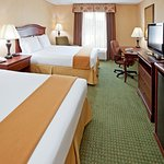 Photo de Holiday Inn Express & Suites Binghamton University-Vestal