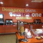 Desayuno en el Hotel One de La Paz, su actual gerente sabe su oficio perfectamente y sabe cómo d