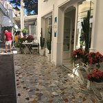 Walking to LoSfizio, this is a new area to explore in Capri, must do!!!