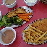 Dois pratos executivos: tilápia e sardinha...