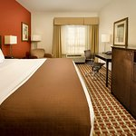 Photo of La Quinta Inn & Suites Smyrna TN - Nashville