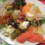Salade de chez Tatie Agnès avec Saumon. Un régal