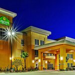 Photo of La Quinta Inn & Suites Jourdanton