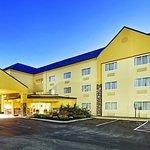 Photo de La Quinta Inn & Suites Knoxville Airport