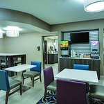 Foto de La Quinta Inn & Suites Batavia