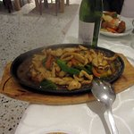 Chicken with green peppers (paprika)