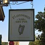 Flannery's Irish Geo Pub Foto