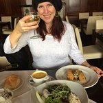 Reisling wine, Salatvariaton mit Avocado, Vegetarian Lentil Stew, Two types of vegetarian strude