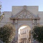 Dettaglio Porta Napoli_large.jpg