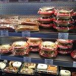 Etage presentoir des plats cuisinés Japonais