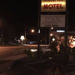 Amberlee Motel