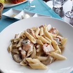 Delicious chicken and mushroom penne
