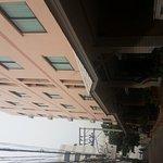 Photo de Thipurai City Hotel