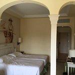 hübsches, sauberes, geräumiges Zimmer mit Meerblick