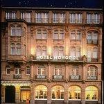 Hotel Monopol resmi