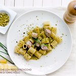 Mezza manica tonno e pistacchio