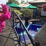 Flower Garden Lake Resort Foto