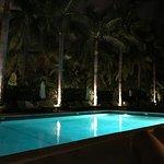 Photo of South Seas Hotel