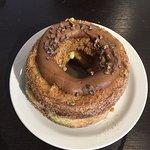 Pistacho-Chocolate Kronut