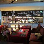 Café BLD (Renaissance Huizhou Hotel)