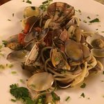 Pasta with clams and white sauce