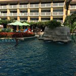Photo de Thara Patong Beach Resort & Spa