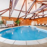 Amazing indoor heated family friendly pool