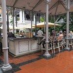 Photo de Raffles Courtyard