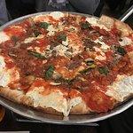 Pizza con anchoas y champiñones para 2 personas
