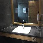 Photo de Helvetia Hotel Residence