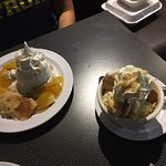 peach cobbler a la mode (on left) and banana pudding (on right)..banana pudding was amazing