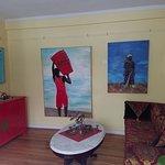 First floor small sunroom - Island inspired art.