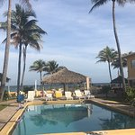 Photo de Ebb Tide Oceanfront Resort in Pompano Beach, Florida