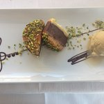frolla al cioccolato con pistacchio