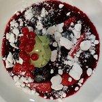 chauf froid de fruits rouges et sa glace pistache