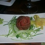 Fresh tuna, as a rose ! What a work of art. And, tuna was delicious.