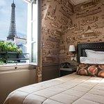 Chambre avec vue sur la tour eiffel