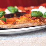 We have many pizzas to choose from, each made from fresh ingrediens.