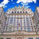 Fairmont Hotel Vancouver Exterior (Spring)