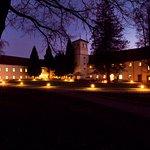 Hotel Zamek na Skale nocą