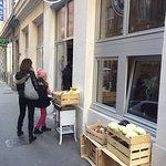 Photo of Deux Filles en Cusine