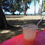 Pause sur la plage de Grande Anse- DESHAIES