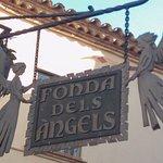 Dels Àngels, parada y Fonda